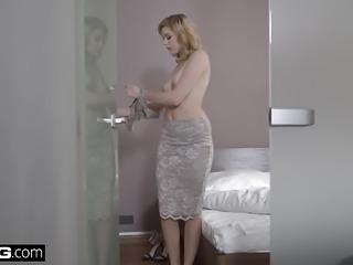 Glamkore - Euro Babe Anny Aurora's Sensual Fuck with hubby