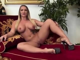 Trina tests out a sex machine