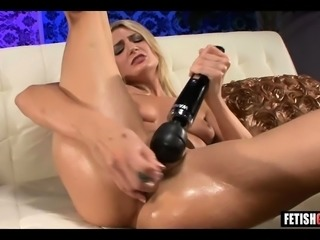 Horny Blonde Teen is Brainwashed