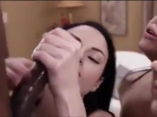 3 girls sucking BBC