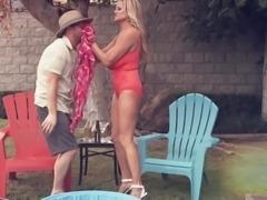 Kelly Madison seduced by a man for a shag in a backyard