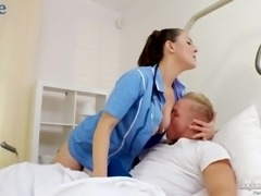 Horn-mad Czech nurse Valentina Ross gets her bushy cunt nailed in hospital