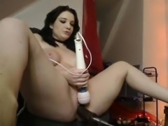Annalina gorgeous brunette babe toying pussy outdoor