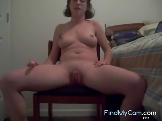 Hot chick spreads her legs and enjoys to masturbate her tight ass hole