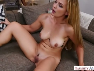 Fantastic BJ given by charming Sloan Harper ends up with a great mish