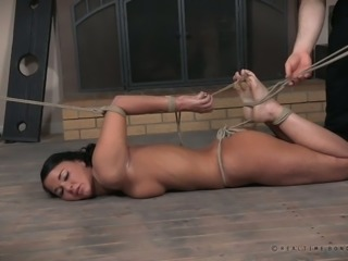 Now there is a slut that loves rope bondage and she's got a nice ass