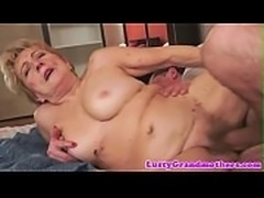 Saggy granny gets hairy pussy fucked deeply