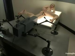 impressive fucking machine makes her cum