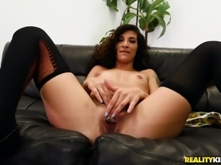 Curly-haired bimbo Mia Faith having her drenched cunt ruined