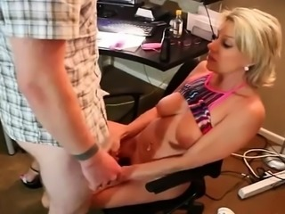 Skanky Mom Caught Webcam Wanking Continue on MyCyka com