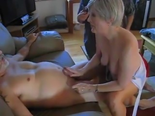 Amatuer - Bisex - Mature MMF Threesome - Hubby has last Suck