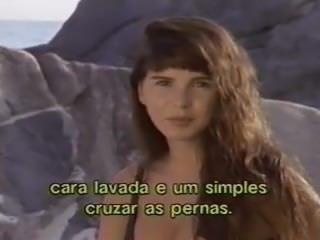 Cristina Mortagua e Cida Costa peladas na praia