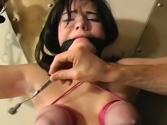 Bawdy bitch with freshly hairless pussy gets taped peeing