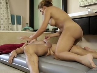 Facesitting is included in massage session by curvy Mercedes Carrera