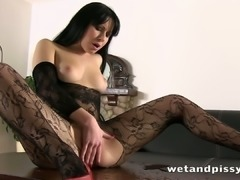 This babe knows how to fulfill her pee fantasy and she loves to fondle her tits