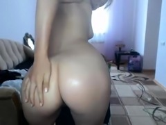 Solo toying her pussy and masturbating