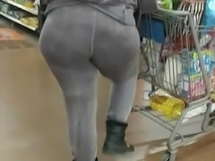 Huge Ghetto booty nice ass