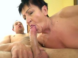 Chunky mature slut with saggy boobs Anastasia keeps on riding dick