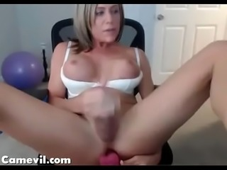 Sexy T-Girl Toying Her Ass And Cums