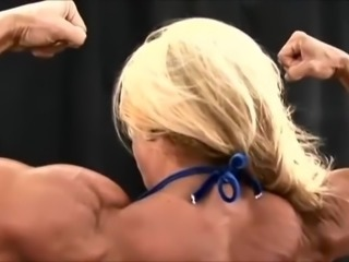 FBB SHowing Muscles