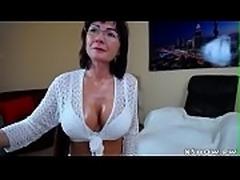 Mature Wet Mom Webcam Show Masturbation