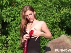 Ardent svelte leggy nympho Giulietta Canale masturbates outdoors