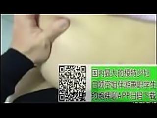 8 (3)国内第一约炮视频一对一聊天平台扫描二维码下载----极度风骚的大奶人妻一月一次的约炮行动[21p]
