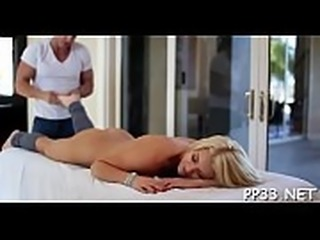 Dude is having a hard time with his boner during massage
