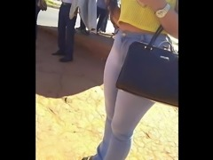 gostosa de jeans com rabao (big ass brunette) 128