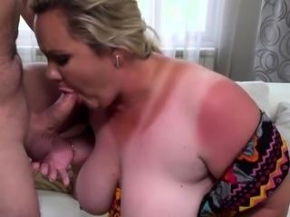 Hot milf blowjob and cumshot