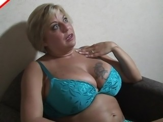 Salacious BBW with tattooed big tits showcases her exemplary oral skills in a close up shoot