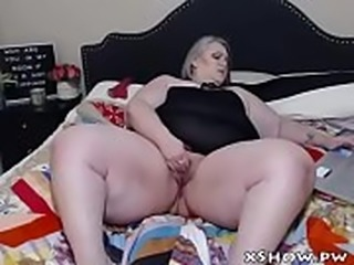 BBW Amateur Woman Cumming On Camshow
