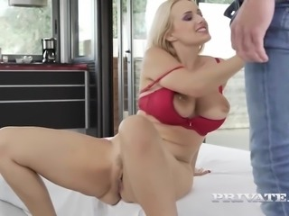 Angel Wicky, double blowjob, double penetration