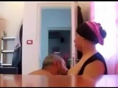 lebnan woman suck dick to cum in mouth