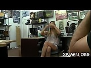 Beautiful amateur wants to become illustrious by having sex