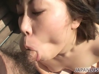 Cute Japanese MILF pussy filled with creampie