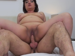 fat mature broad gets pounded