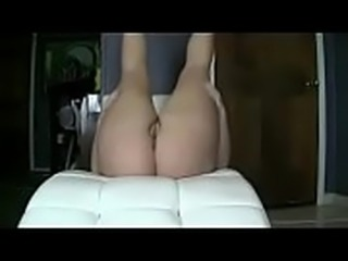chubby thick babe shakes fat ass and masturbates webcam