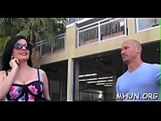 See with passion the hot fucking scene with milf