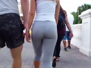 candid voyeur blondes in leggings nicest ass