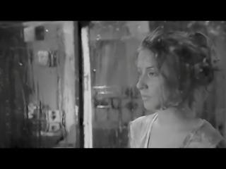 Denise Rosenthal- Revolution (lenceria)