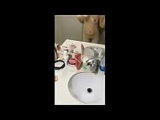 美少女主播王子的公主和土豪级肥猪粉丝在卫生间各种姿势草被内射还玩自拍留念-更多精彩访问 jxfuli1.com 推荐老牌大站久久热 99qq.co 这里只有精品