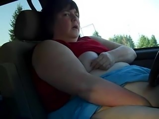 SSBBW Slut Masturbates in her Car