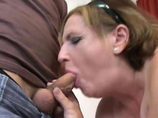 Big tits milf doggystyle with cumshot