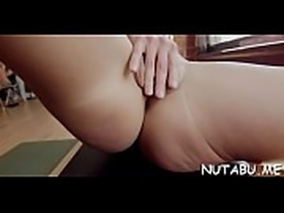 Teen girl with tight body gets sexy and arranges a solo play