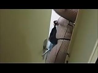 Madrasta flagra enteado espiando ela VIDEO COMPLETO: https://bit.ly/2LmNMhA