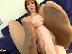 Irina Vega footjob in tan pantyhose