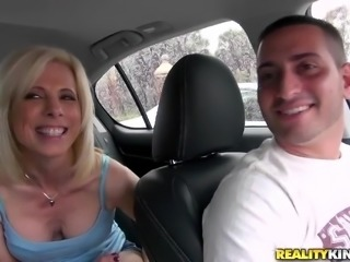 That's a mommy that we all like seeing sucking cock. Jodie never says no to a big hard dick and when this bitch remains without her panties things get hot and heavy. She takes out the guy's cock, licks it and then lays on the bed for a deep throat. She loves cock deep in her mouth, but does she likes semen too?