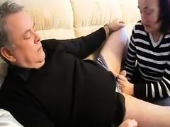 Naughty redhead granny puts her blowjob talents on display