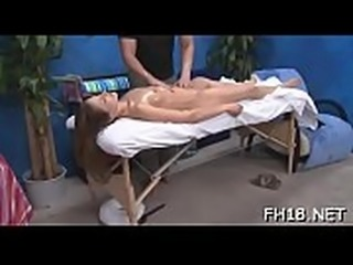 Sexy sexy babe copulates and sucks her massage therapist